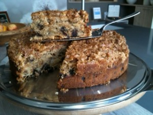 apple & prune cake