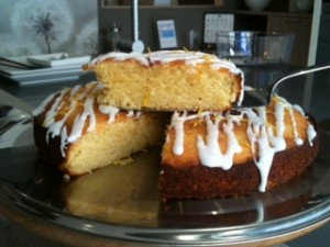 Almond and lemon cake